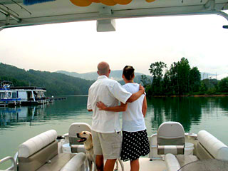 Iron Mountain Inn Bed and Breakfast - Watauga Lake Boating