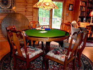 Iron Mountain Inn Bed and Breakfast - Poker Table