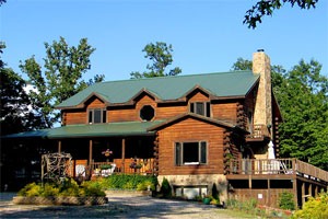 Lodge On Iron Mountain For Sale